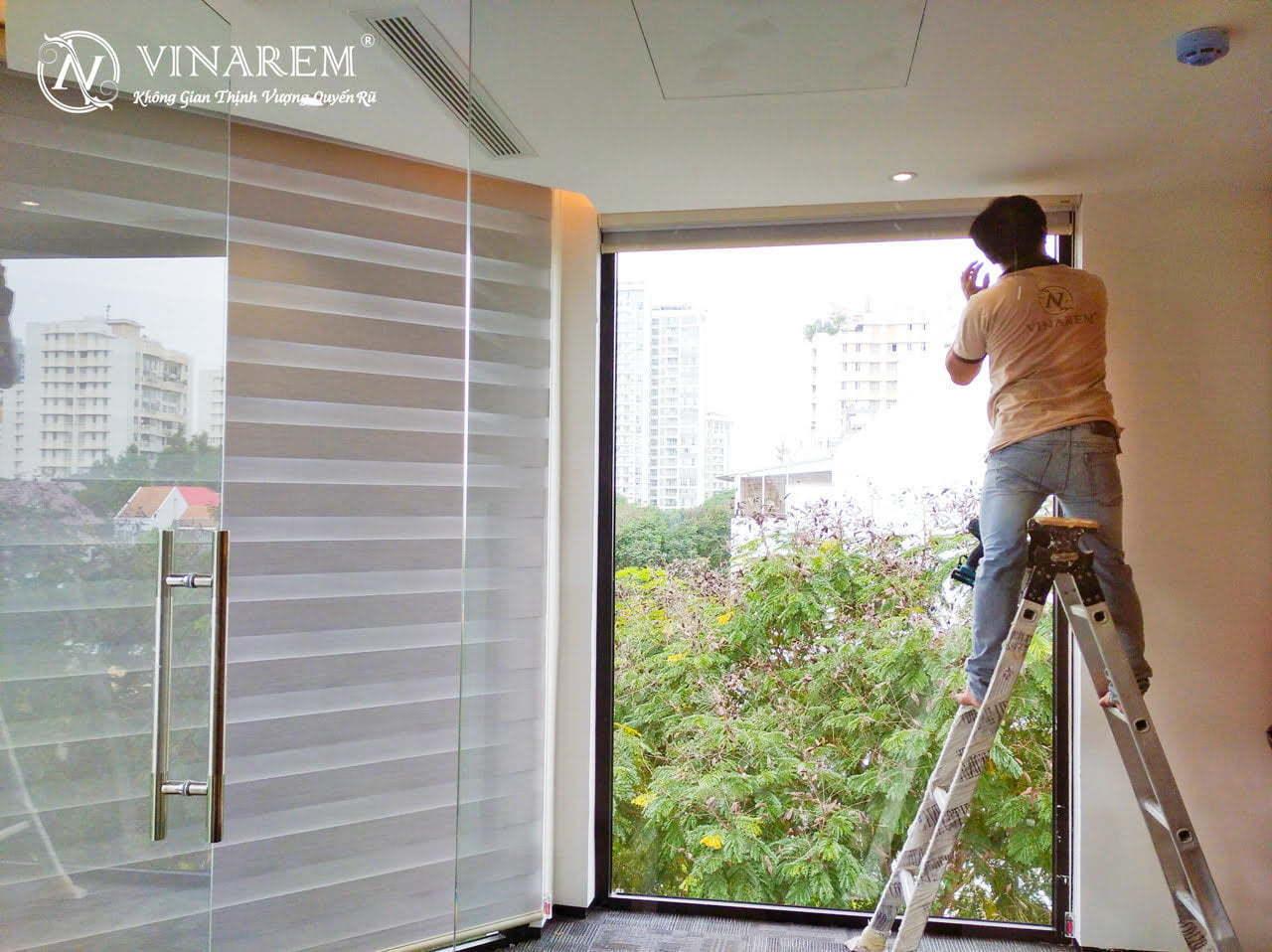 Rèm cầu vồng cao cấp cho không gian văn phòng công sở | Vinarem