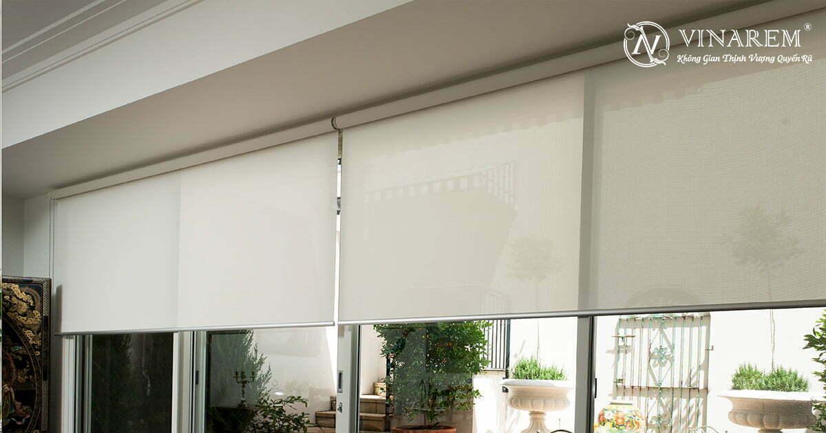 Rèm cuốn cửa sổ màu trắng ngà cao cấp | Vinarem