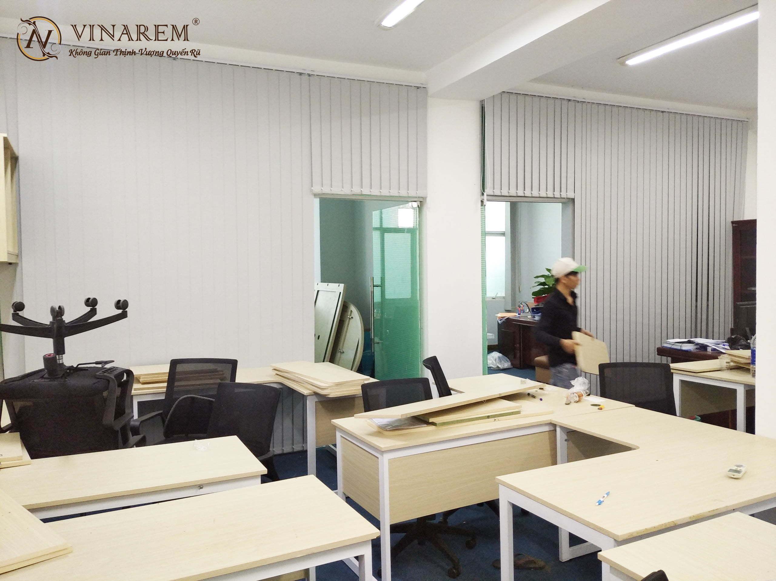 Rèm sáo dọc cho không gian văn phòng công sở | Vinarem