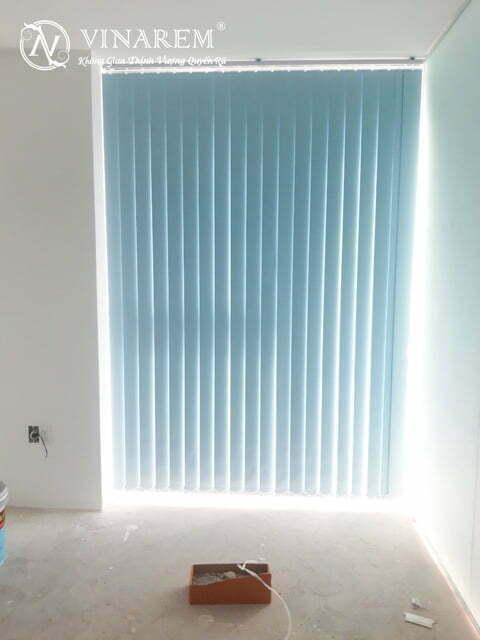 Rèm sáo dọc cửa chính | Vinarem