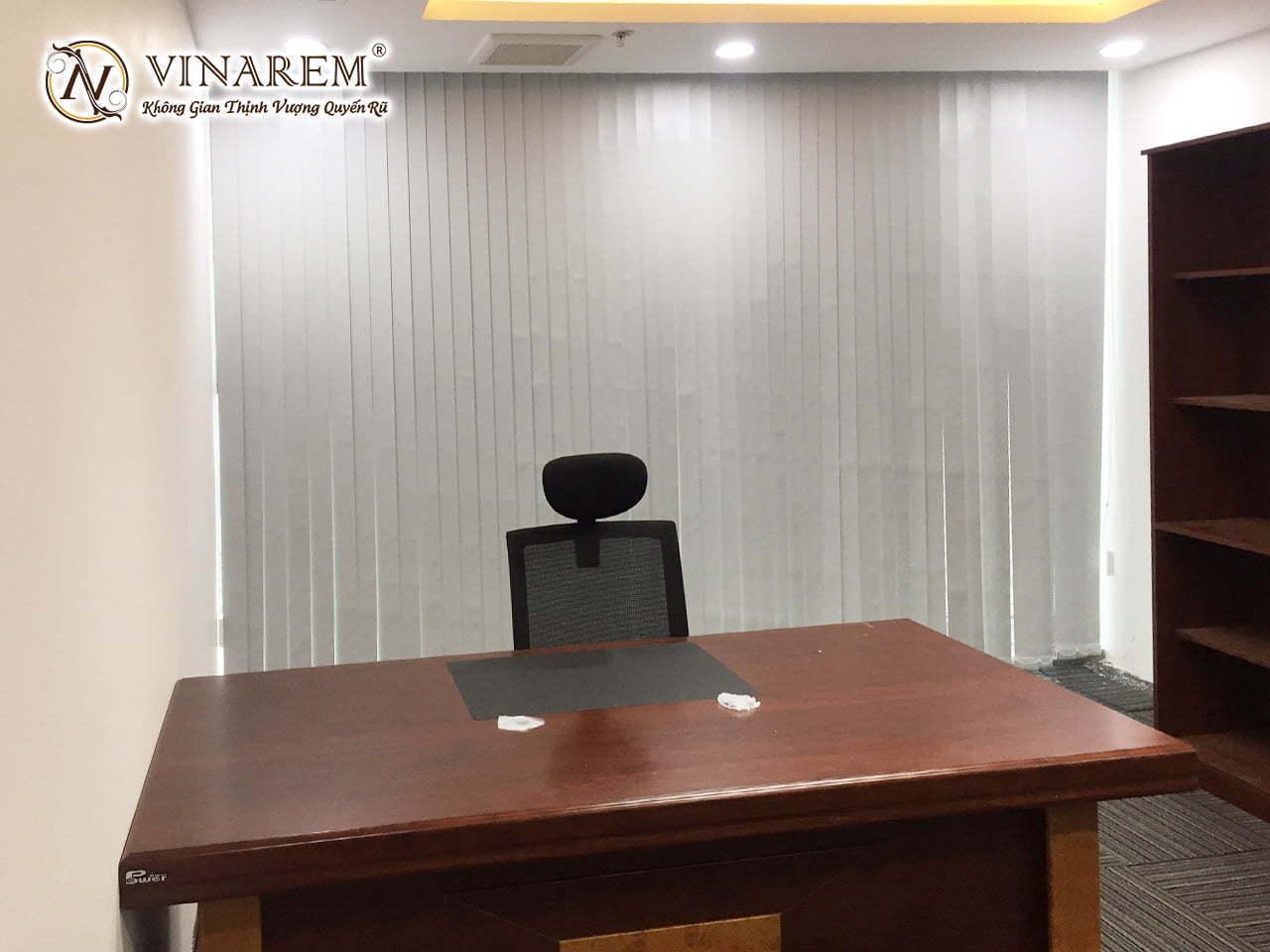 Rèm sáo dọc văn phòng cao cấp | Vinarem