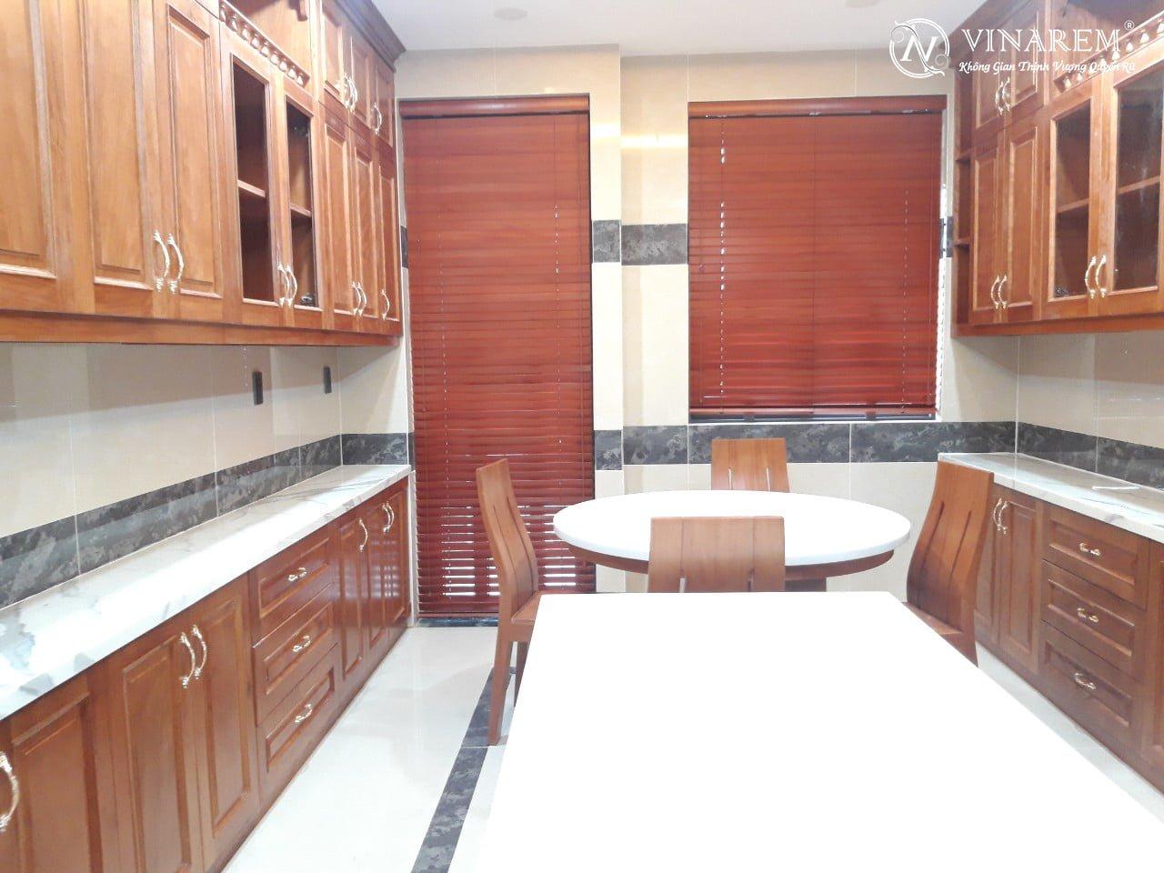 Rèm sáo gỗ cao cấp cho không gian nhà bếp | Vinarem