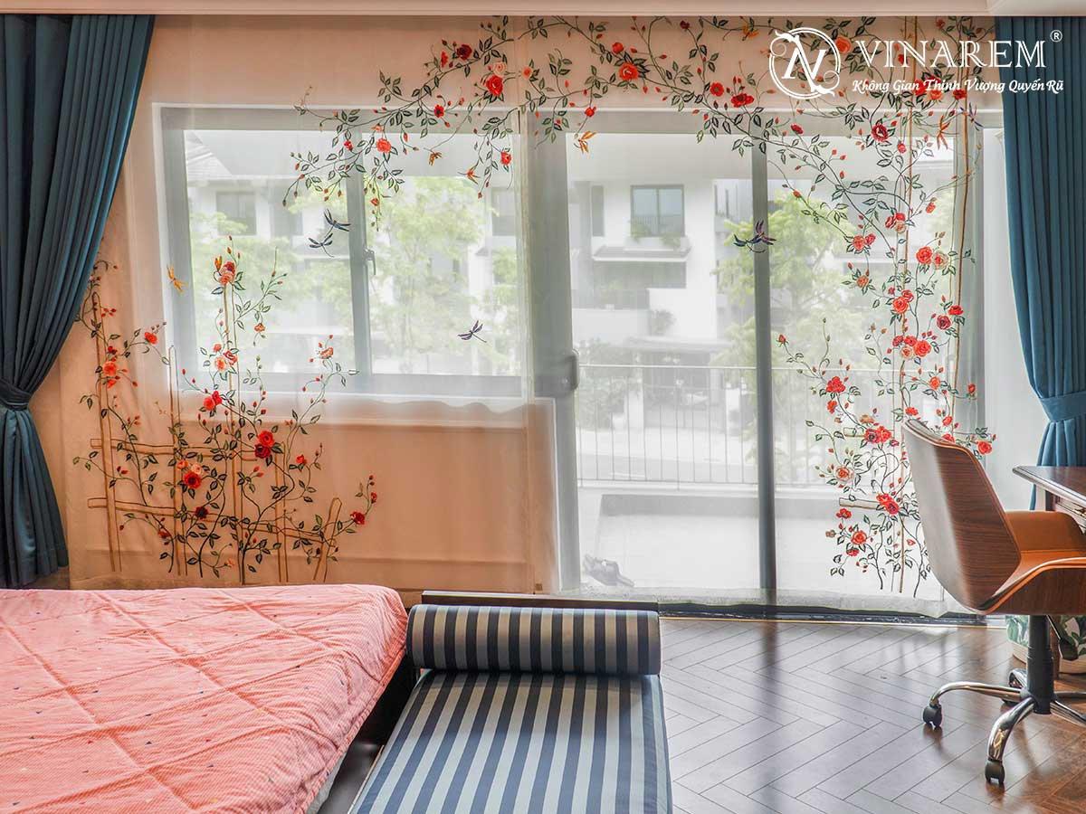 Rèm voan thêu cao cấp cho không gian phòng ngủ | Vinarem