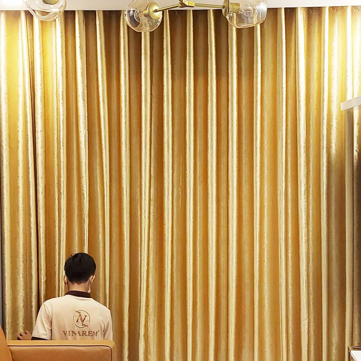 Rèm vải một lớp cao cấp màu vàng cho căn hộ chung cư