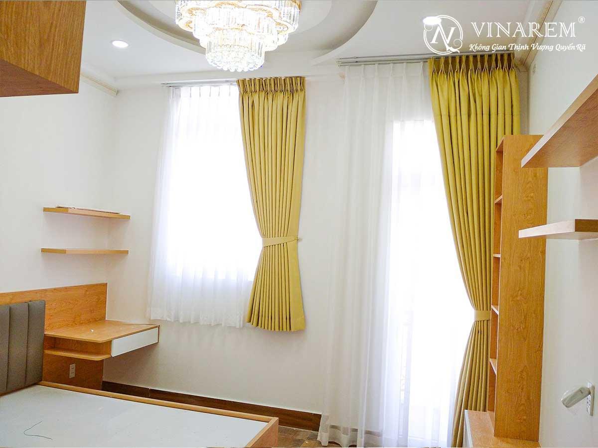 Rèm vả hai lớp màu vàng dành cho biệt thự sang trọng