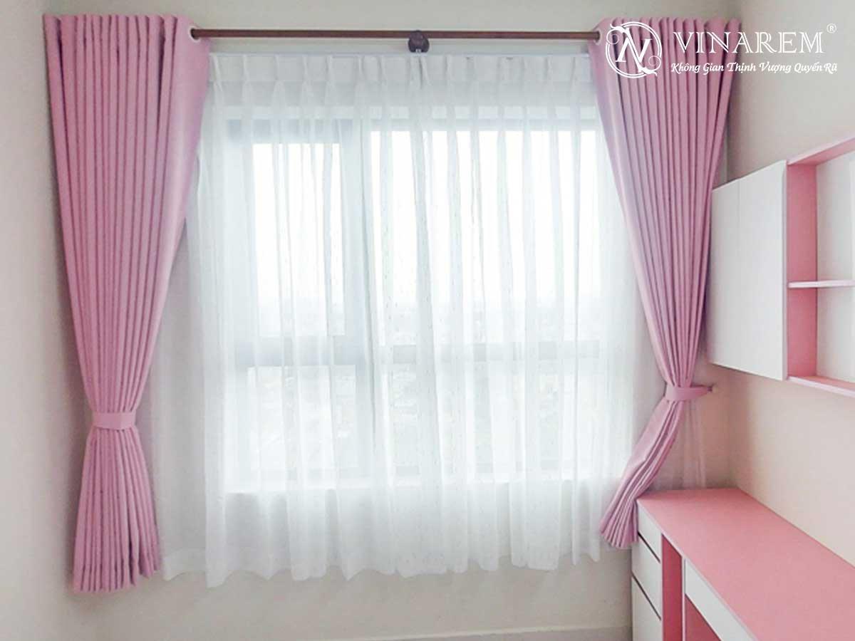 Rèm vải hai lớp màu hồng dành cho phòng ngủ