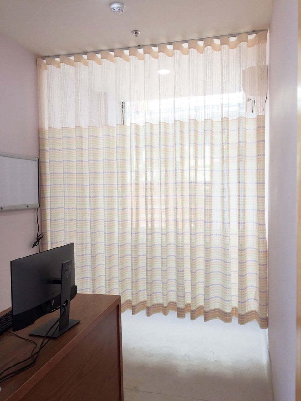 Rèm vải y tế kháng khuẩn họa tiết đơn giản HP20212 | Vinarem