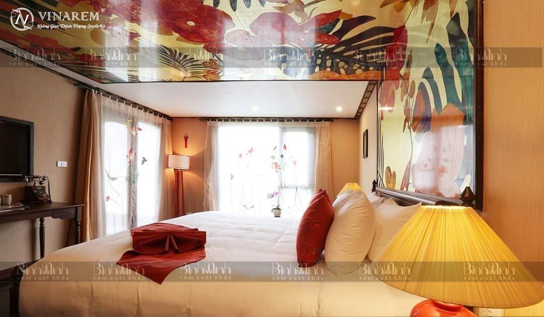Rèm thêu cao cấp nhà hàng - khách sạn sang trọng   Vinarem