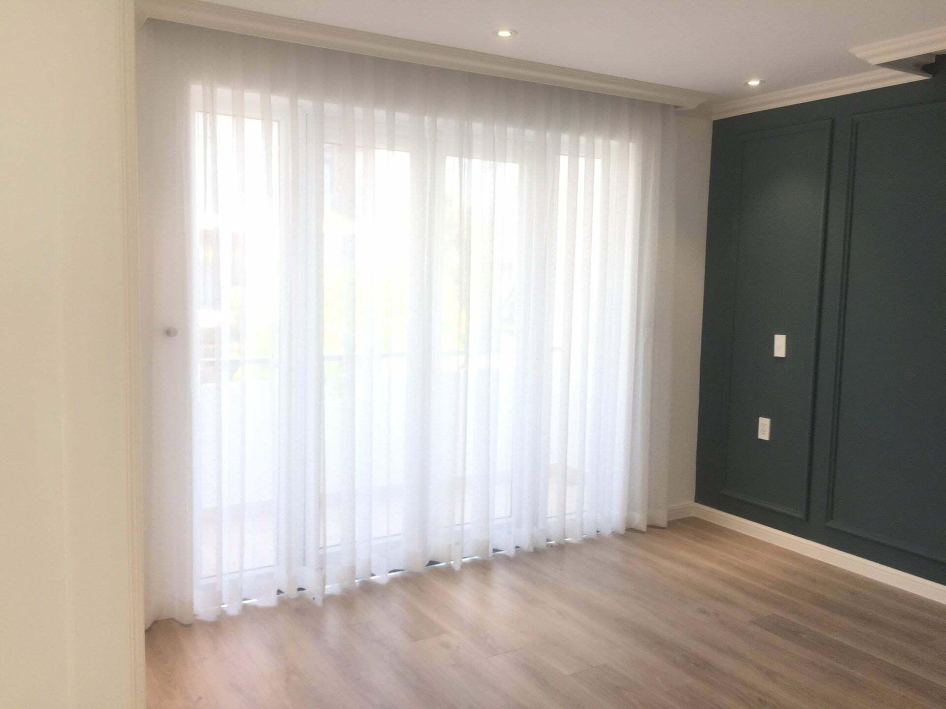 Rèm vải voan trơn cho căn hộ CCPHW22