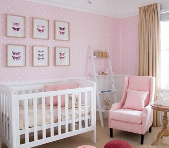 phòng ngủ màu hồng chọn rèm màu kem