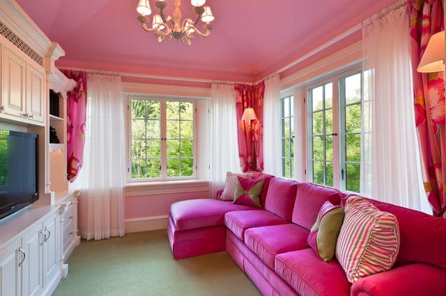 phòng màu hồng chọn rèm màu gì